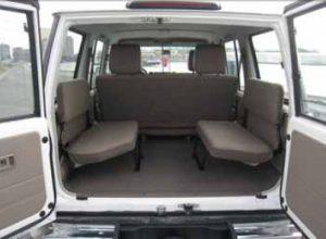 Toyota_Landcruiser_HZJ76_Hardtop_inner